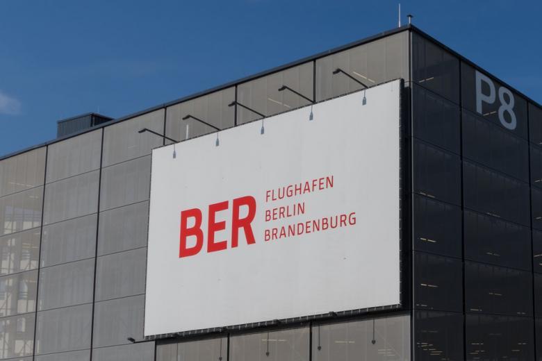 Берлинский аэропорт построит дополнительный терминал фото 1