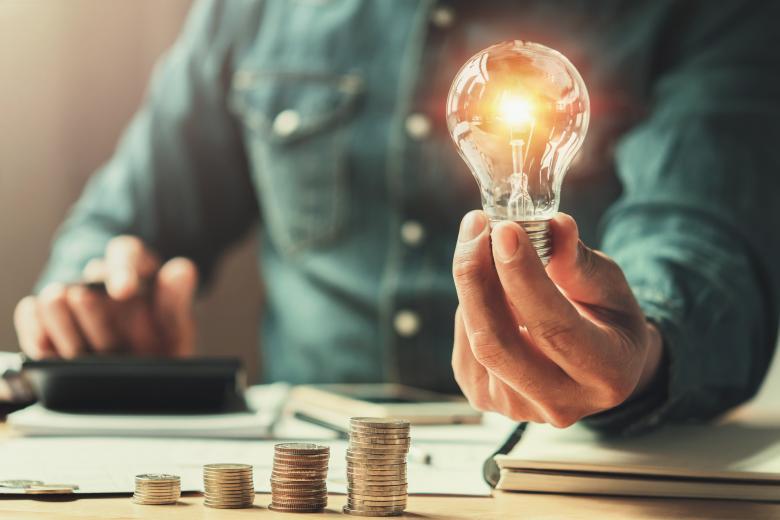Сервис – не главное: немцы требуют снижения цен на электроэнергию фото 1