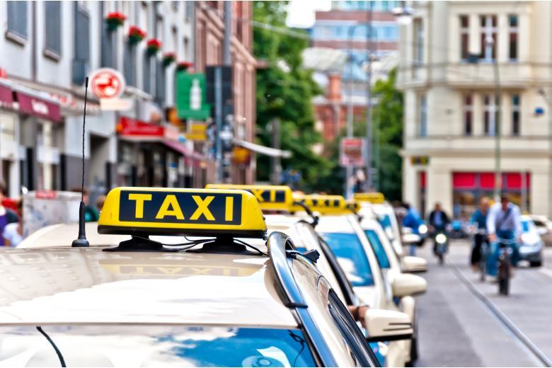 Летом в Берлине такси будет стоить дороже фото 1