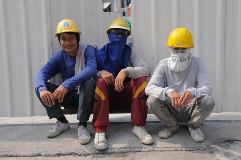 Сколько мигрантов в Германии официально трудоустроены фото 1