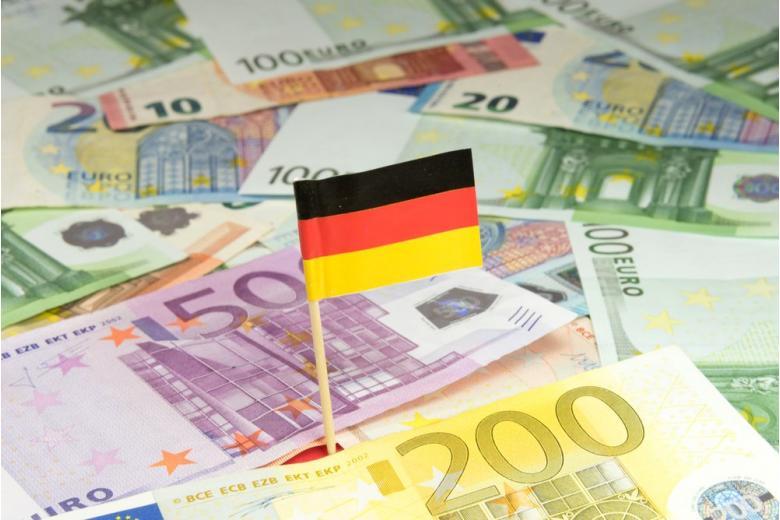 Нелегалы в немецком посольстве: ФРГ должна Франции сотни тысяч евро фото 1