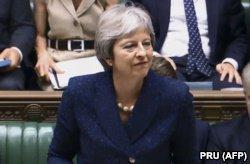 """Из-за """"мягкого Брекзита"""" из британского кабинета уходят министры. Что происходит? фото 3"""