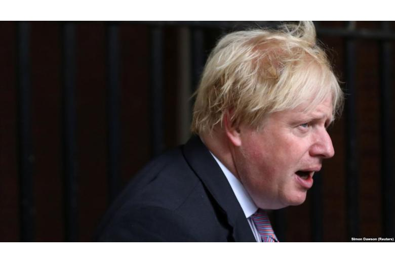 """Из-за """"мягкого Брекзита"""" из британского кабинета уходят министры. Что происходит? фото 1"""
