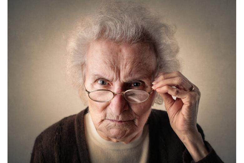 103-летняя жительница Берлина отбилась от злоумышленников тростью фото 1