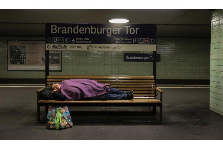 В Берлине неизвестные пытались сжечь бездомных фото 1