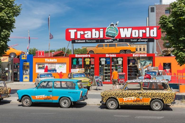 немецкий автомобиль Trabi