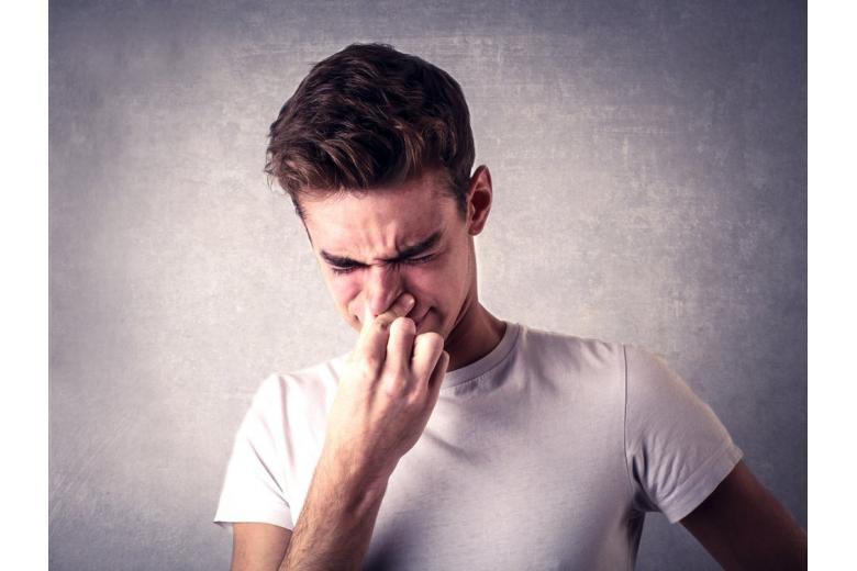 Ученые назвали топ-5 самых невыносимых запахов фото 1