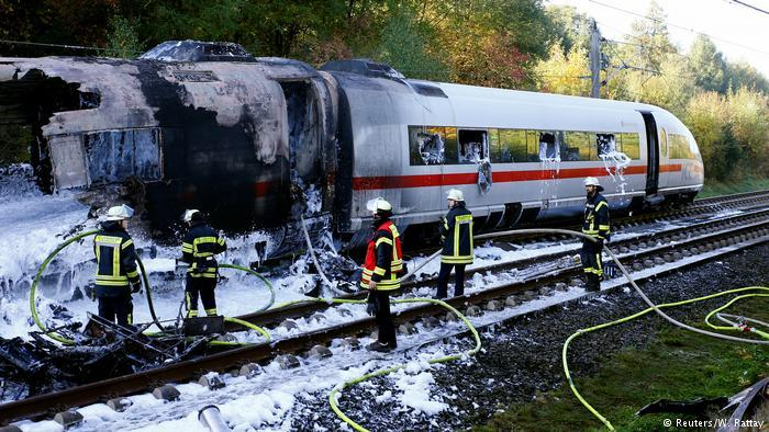 Высокоскоростной поезд Кельн-Мюнхен сгорел в пути фото 1