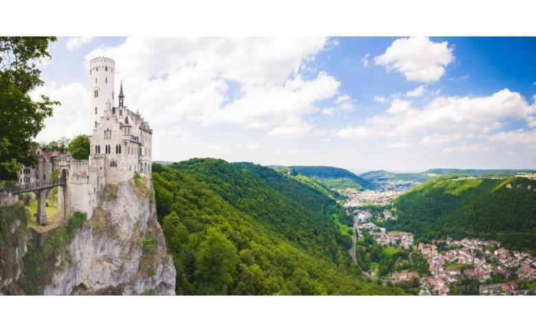 Замок Лихтенштайн в Германии