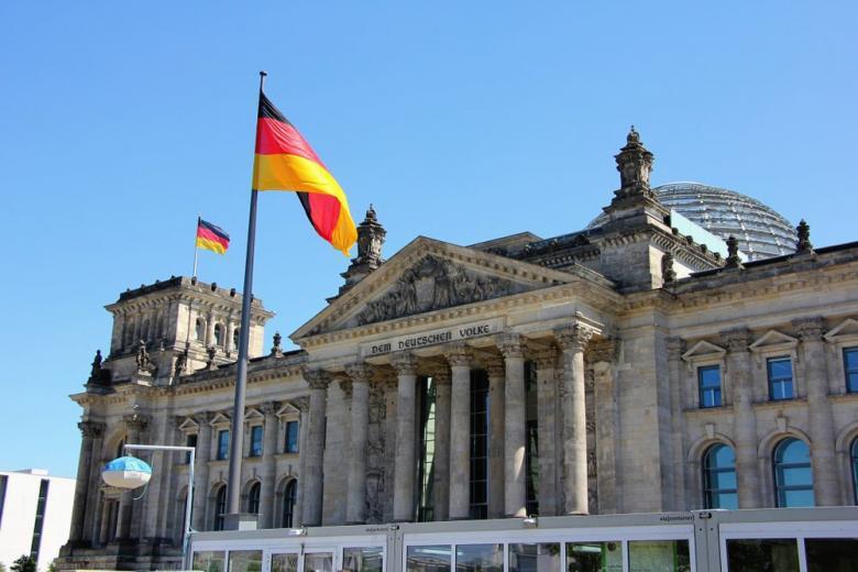Парламент Германии поддержал миграционный пакт ООН фото 1