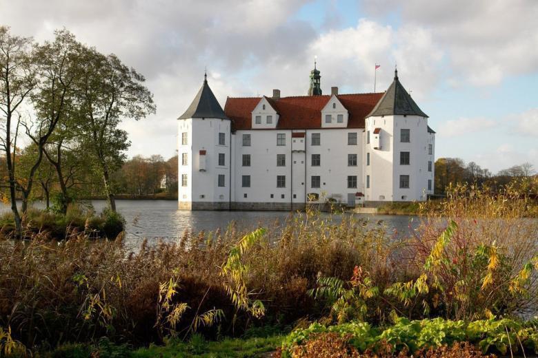 Глюксбург - северный замок Германии
