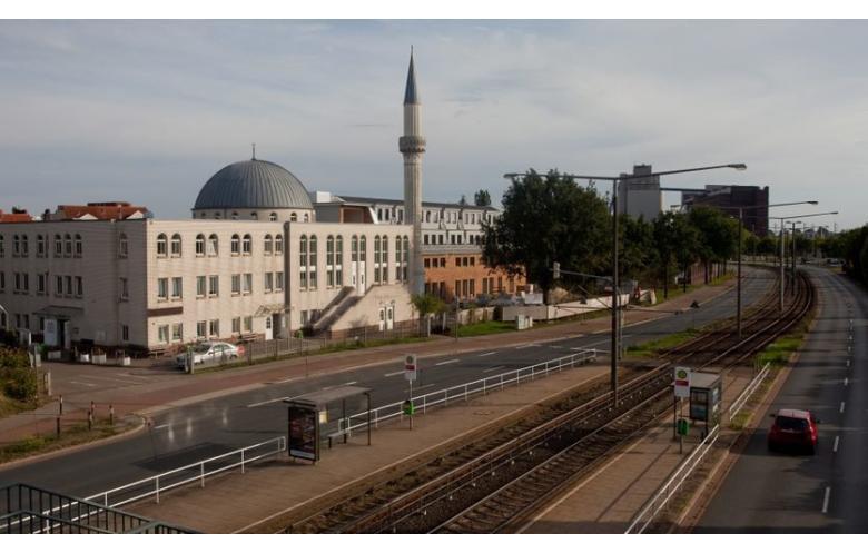 Родители немецкого школьника заплатили за то, что не разрешили ему пойти в мечеть фото 1