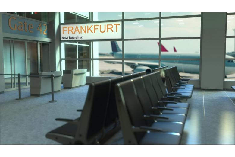 Праздник не удался: 3000 пассажиров не смогли вылететь из аэропорта Франкфурта фото 1