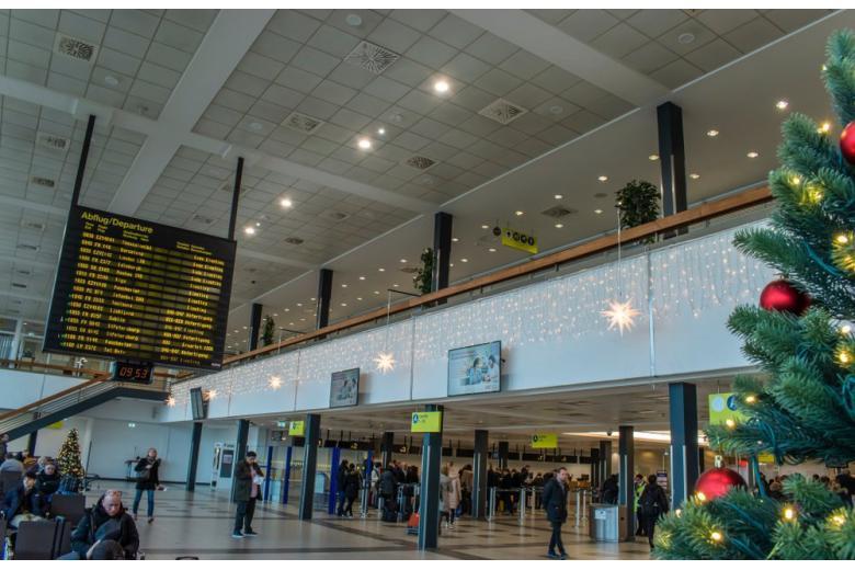 Из-за угрозы терроризма в аэропортах Германии и Франции усилены меры безопасности фото 1