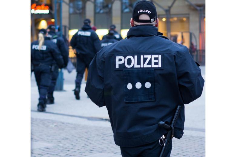 """В Гамбурге арестовали 18-летнего сторонника """"Исламского государства"""" фото 1"""