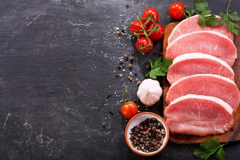В Германии сокращается потребление свинины фото 1