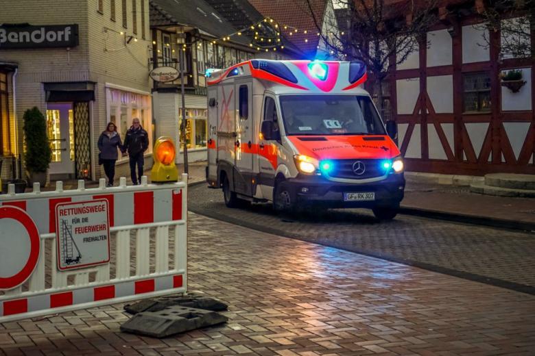 скорая помощь на дороге в Германии