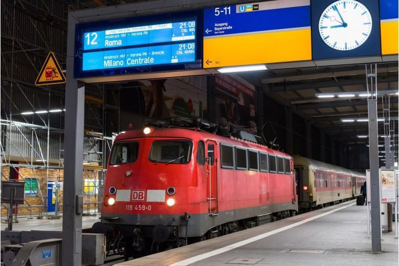 поезд опаздывает в Германии