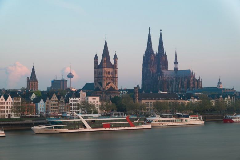 Кёльнский собор, Рейн