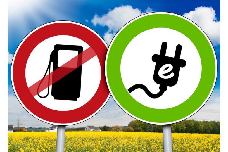Roa signs no gasoline and e-car allowed