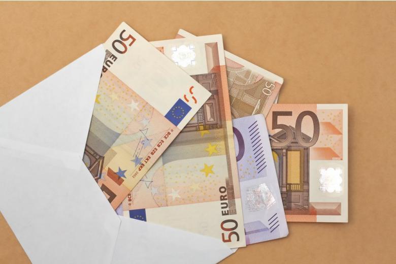 sending money euro