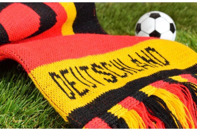 футбольный мяч шарф