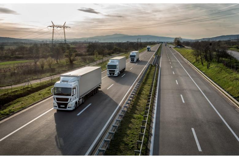 В Германии открыли первый электрический автобан фото 1