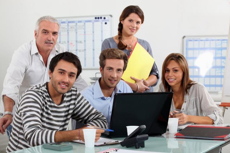 Студенты обучение офис
