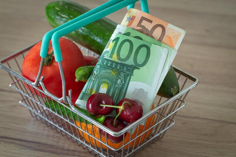 корзина овощи деньги