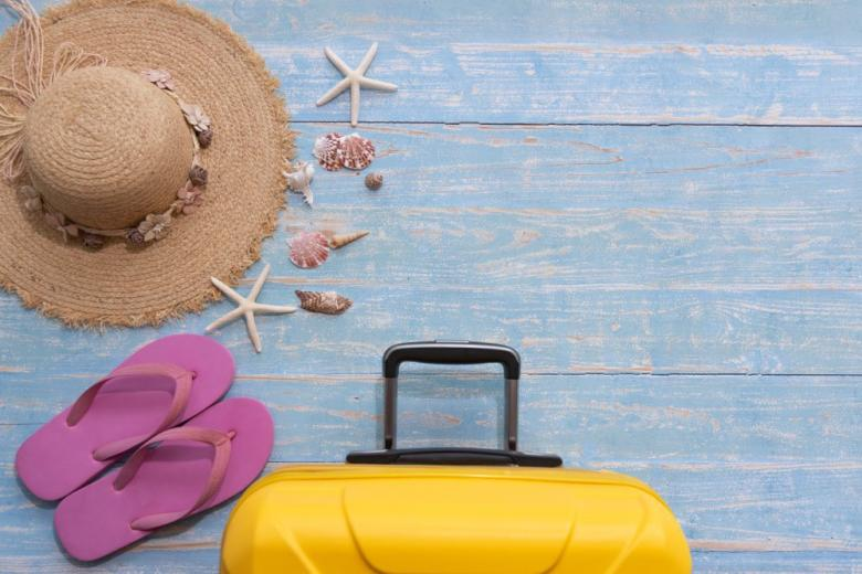 чемодан шляпа