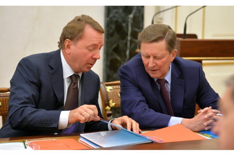 Gefährten beschuldigen Senator Koschins Gefolge. Es geht um Finanzbetrug фото 3