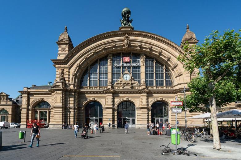 Железнодорожный вокзал Франкфурта