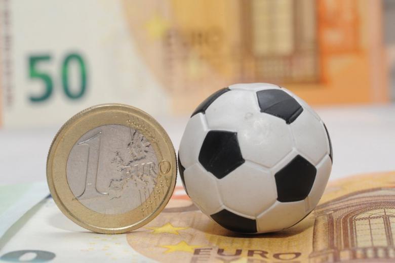 Мяч деньги
