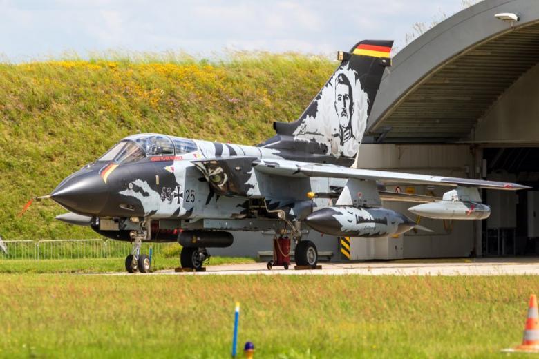 Истребитель немецкий ВВС Tornado