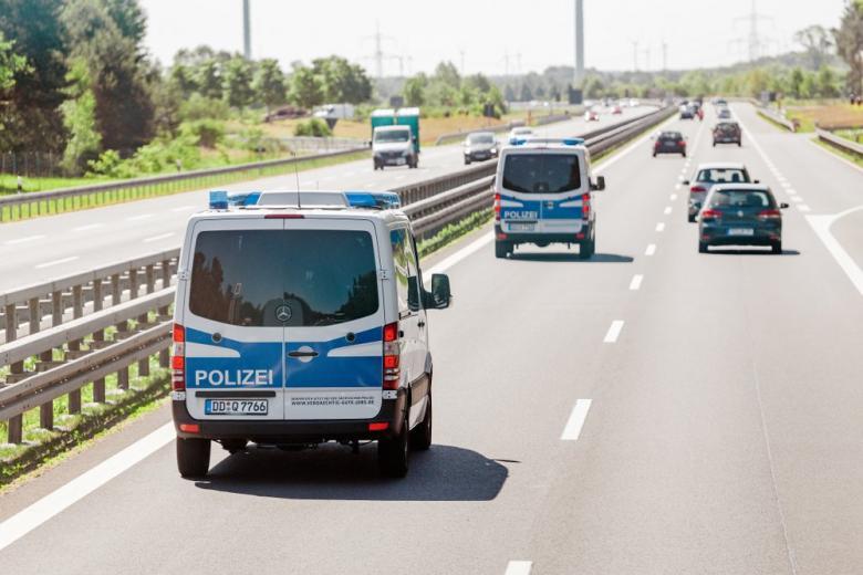 Полиция на автобане
