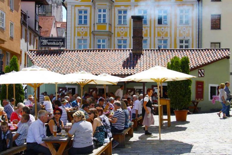 Старейшая баварская сосисочная Historische Wurstkuche. Фото: wikipedia.com