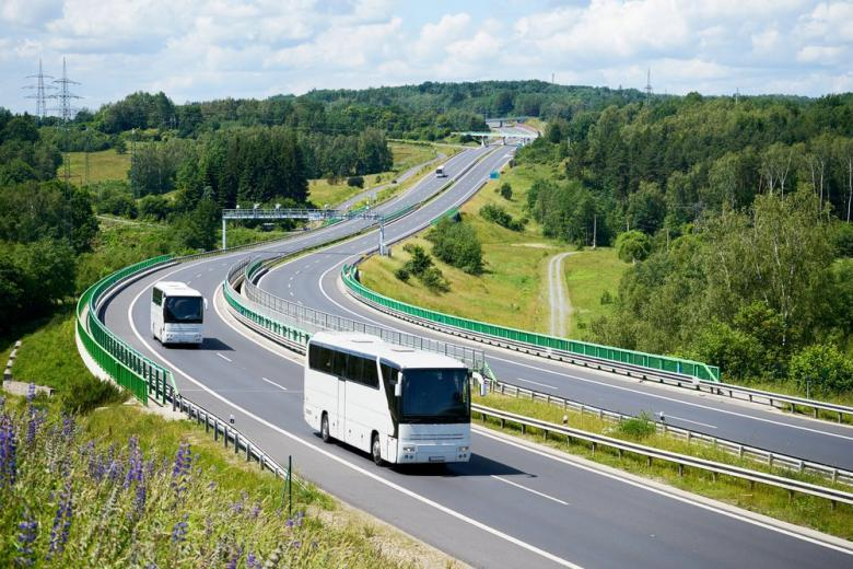 Автобусы на трассе