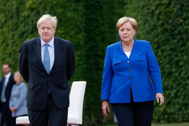 Меркель и Джонсон