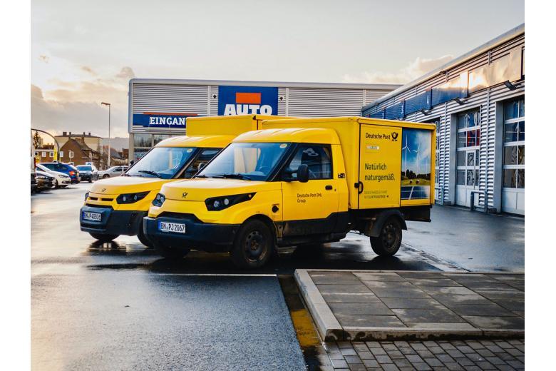 Машины почты Германии. Фото: Maxim, Unsplash.com