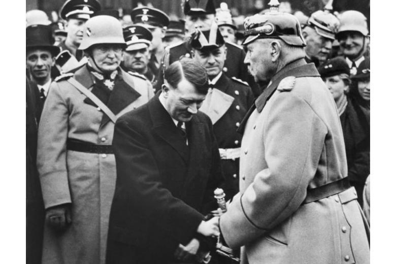 Гиденбург и Гитлер
