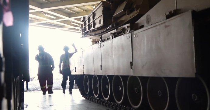 Отправка танков на учение