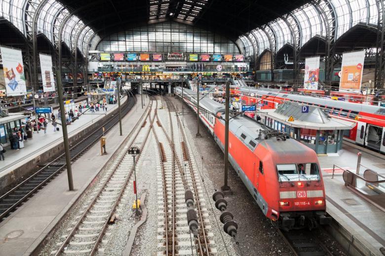 Поезд Deutsche Bahn
