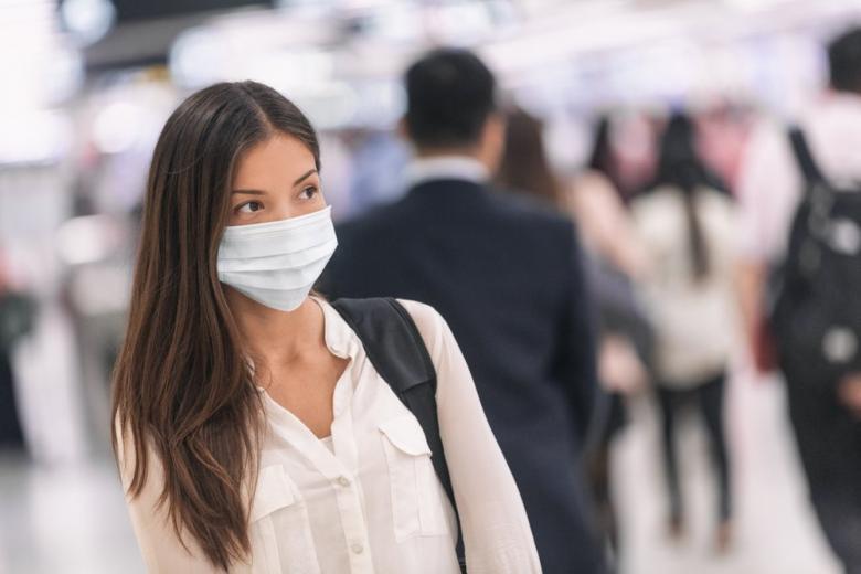 Жителей столицы обяжут носить маски и разрешат собираться группами картинка