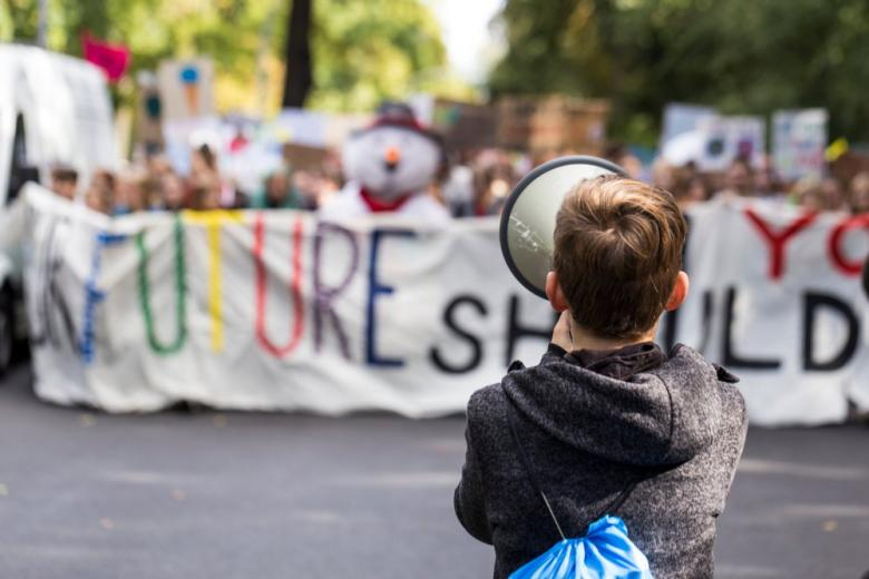 Митинг Fridays For Future Demonstration в Берлине фото