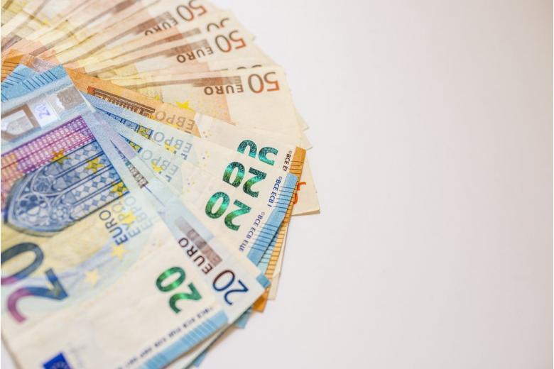 деньги валюта евро фото