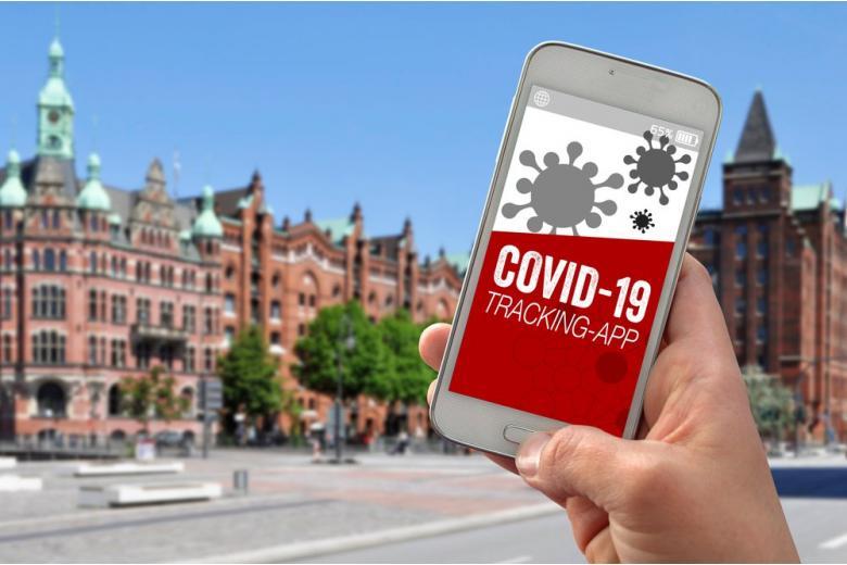 Смартфон с приложением Corona-App фото