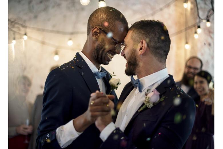 Отношение к однополым бракам в Германии фото