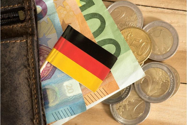 деньги в кошельке фото
