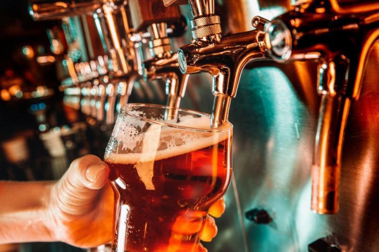 Хмельной напиток - пиво фото