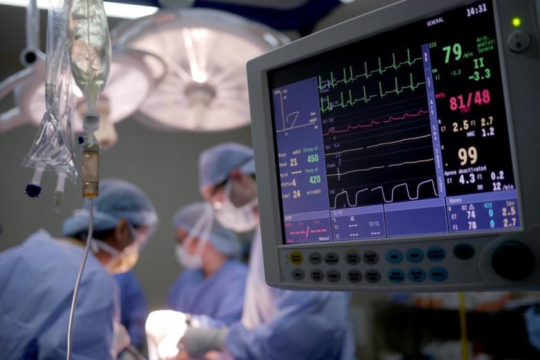 Плановые операции медленно возвращаются в медицину фото